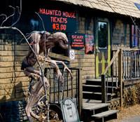 hauntedhouses_13
